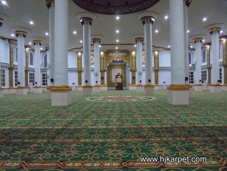 Seberapa Penting Sih Karpet Masjid dalam Ibadah Sholat ?