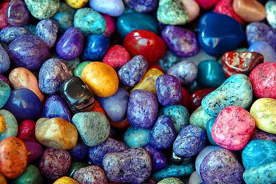 colorful-rocks-1674179_960_720.jpg