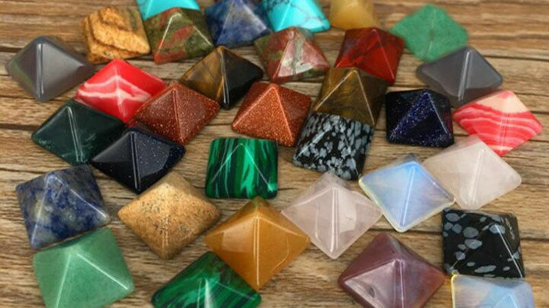 7Pcs Natural Gemstone Pyramids - Chakra Healing& Metaphysical Work
