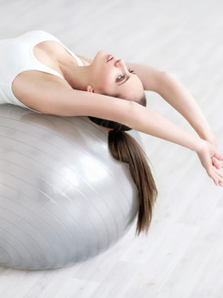 Accesorios-de-pilates-fitball-P_edited.j