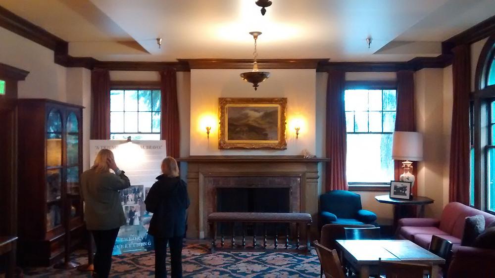 Woman's Century Club Lobby