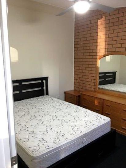Bedroom_2-1583389083-primary.jpg