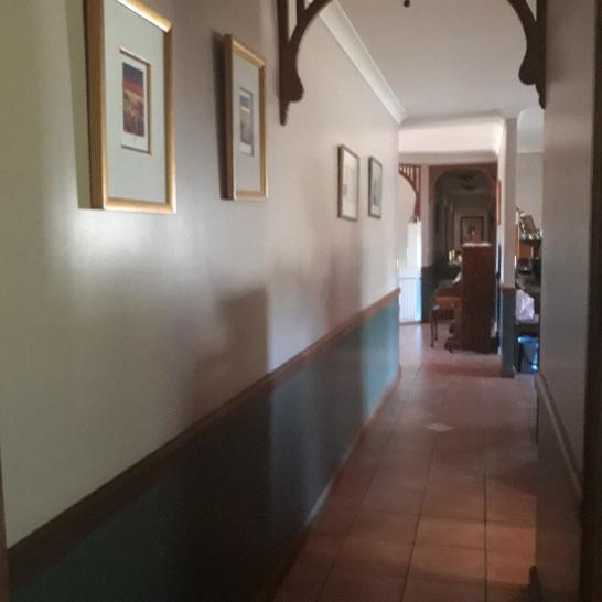 Hall 1.jpg