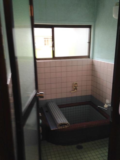 福井で浴室リフォームなど水回りリフォームは低価格激安のサクラ住宅設計で。