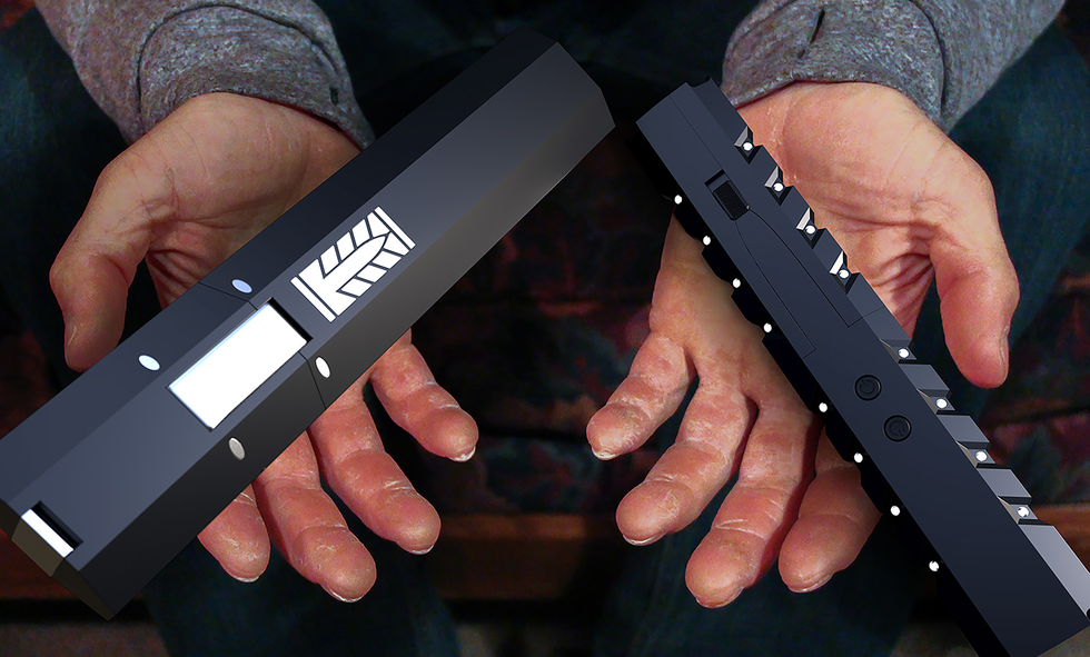 hands large.png