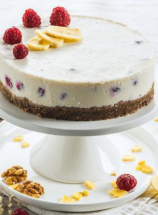 """Торта """"Малинова Свежест"""""""