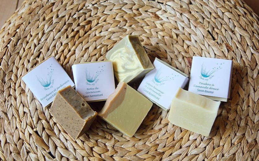 Gamme de 4 savons doux pour le corps : l'harmonisant, le dynamisant, le toudou et l'exfoliant
