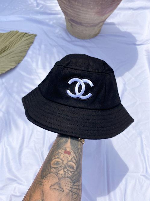 Laura Bucket Hat