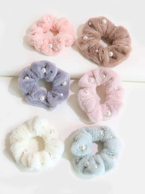 Fluffy Pearl Scrunchie