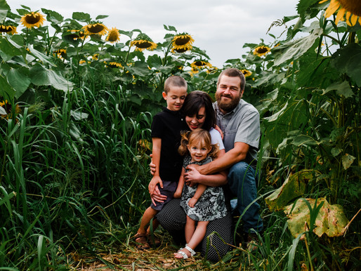 Elizabeth & Casey | Sunflower Family Session | NEPA Poconos Stroudsburg & Lehigh Valley Photographer
