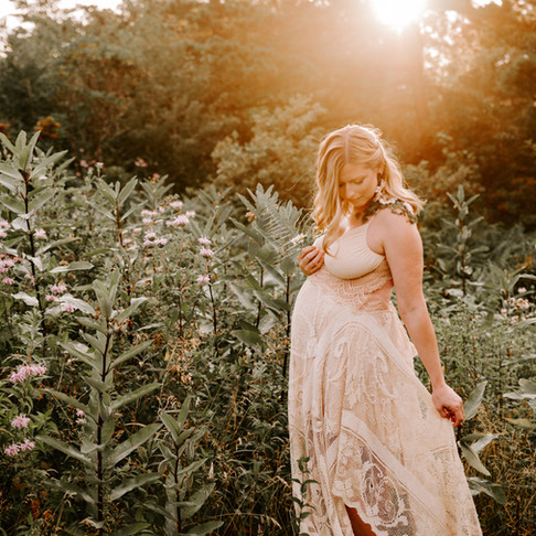 Katherine's Magical Mountain Sunset Maternity Session | Pocono Stroudsburg, PA Photographer