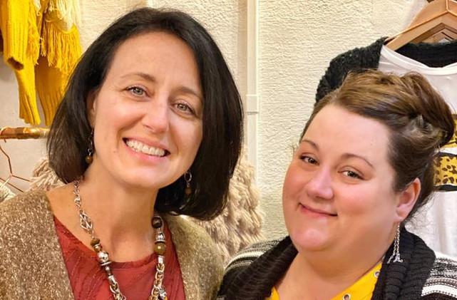 Chamber Ladies, Elaina Lamley and Lindsay Hall