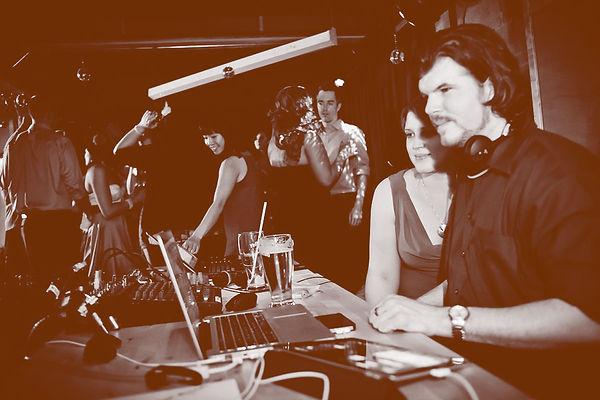 Silver Studios DJ