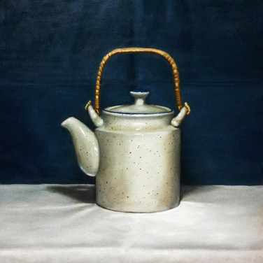 Teapot, 2015. Oil on canvas, 18x24