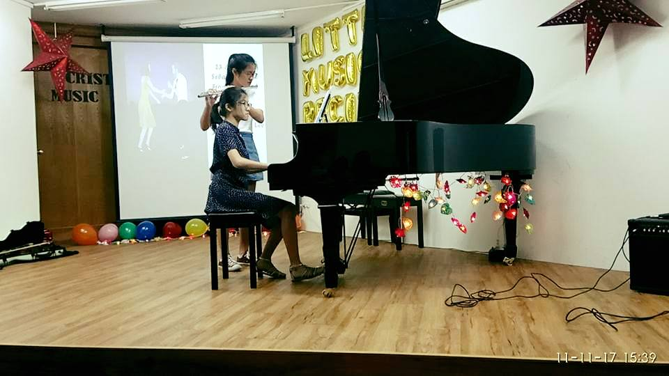 flute and piano performance