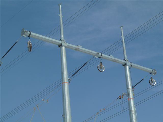3. Mono Pole Crossing