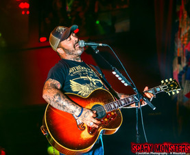 Aaron Lewis Brings Out His Country Side with 'Sinners Tour' at House of Blues LV