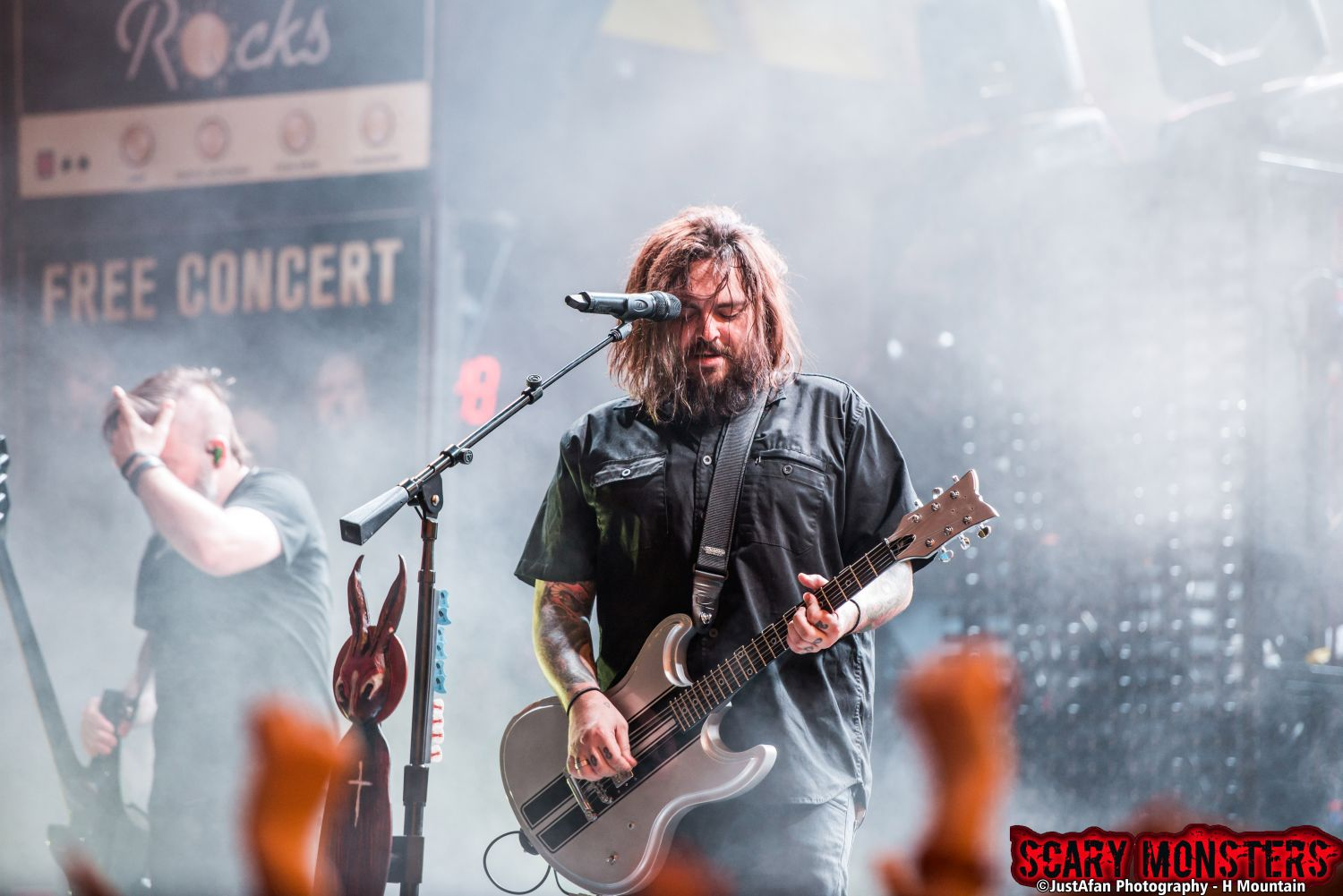 Seether Makes A Triumphant Return With A Record Breaking Crowd On