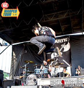 Photo Gallery: UNEARTH at Vans Warped Final Tour