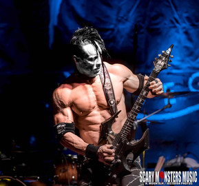 DOYLE Returns to the Beauty Bar LV with guests DEAD AT MIDNIGHT  and KILLER WOLF