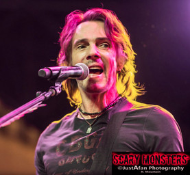 Rick Springfield Lights The Party Up at Fremont Street Summer Concert Series