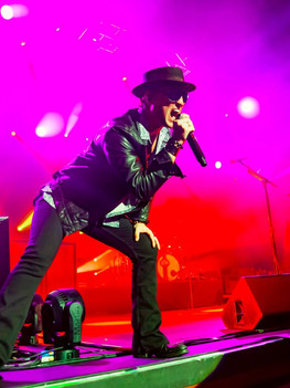 STONE TEMPLE PILOTS with RIVAL SONS at The Joint LV