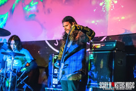 EARTHLESS Brings a Psychedelic Show of Light and Sound to Beauty Bar