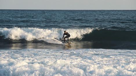 Comment savoir quand il y a du surf en Méditérrannée ?