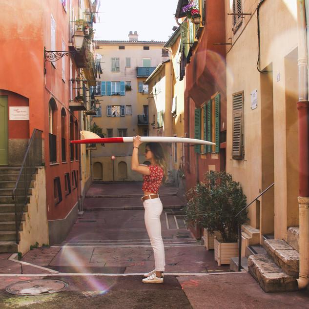Une CIGALE dans les ruelles de Nice