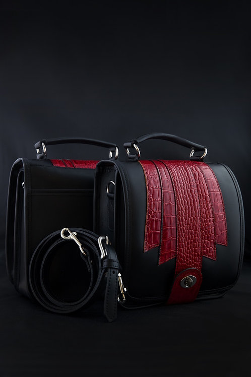 Ultimate Organizer Leather Handbag/Crossbody Red Croco Embossed