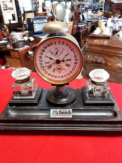 Orologio calamaio primi 900, raro con i 31 giorni.