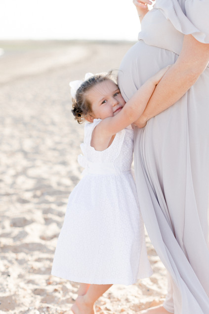 outdoor natural beach photo shoot maternity family photographer essex
