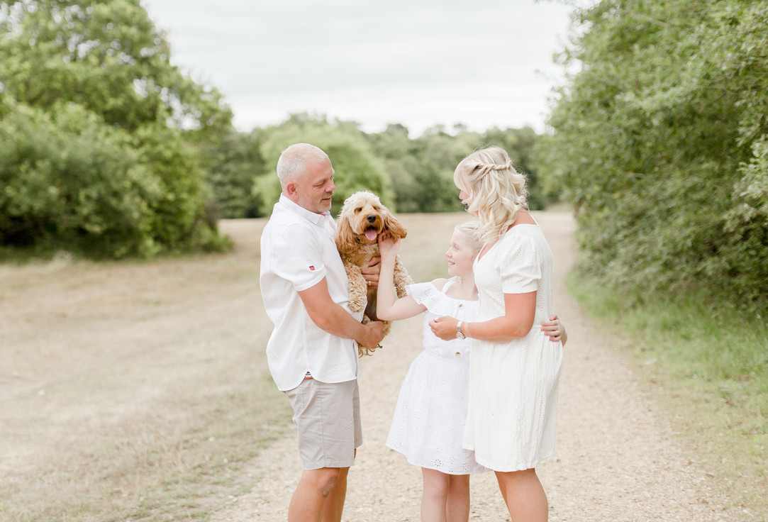 essex outdoor family woodland photo shoot colchester photographer