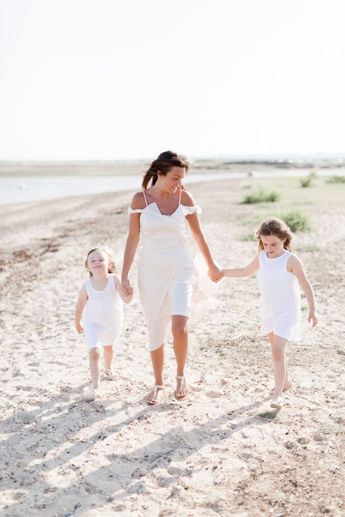 mum and daughters outdoor beach shoot ideas, essex