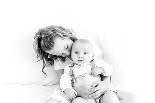 sibling photo shoot family photographer essex