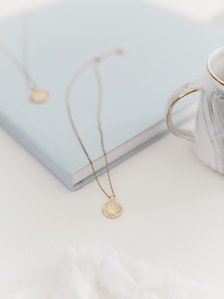 jewellery necklace product photography lifestyle