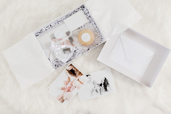 usb and prin pckage design ivory white photography