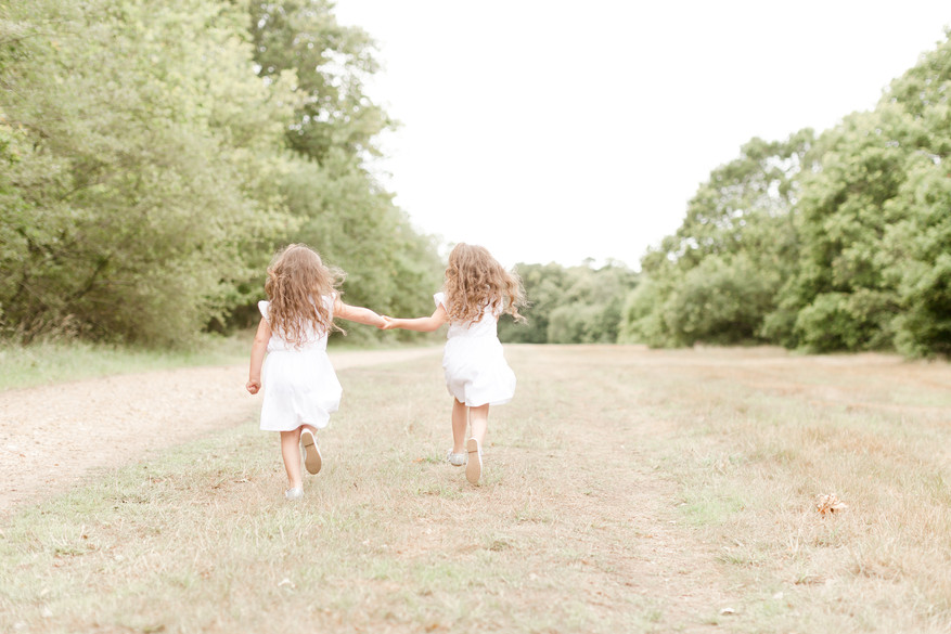 twin outdoor natural family photo shoot essex photographer