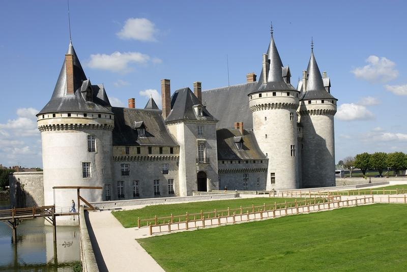Sully sur Loire     21km