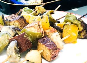 Barbecue Vegan - brochettes de tofu mariné