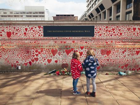 150 000 Hearts Representing Lives Lost to Coronavirus in London