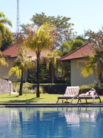 Pool and Private Villas