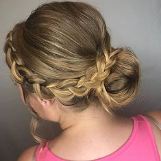 Braids, buns, and brides_._._._#indianab