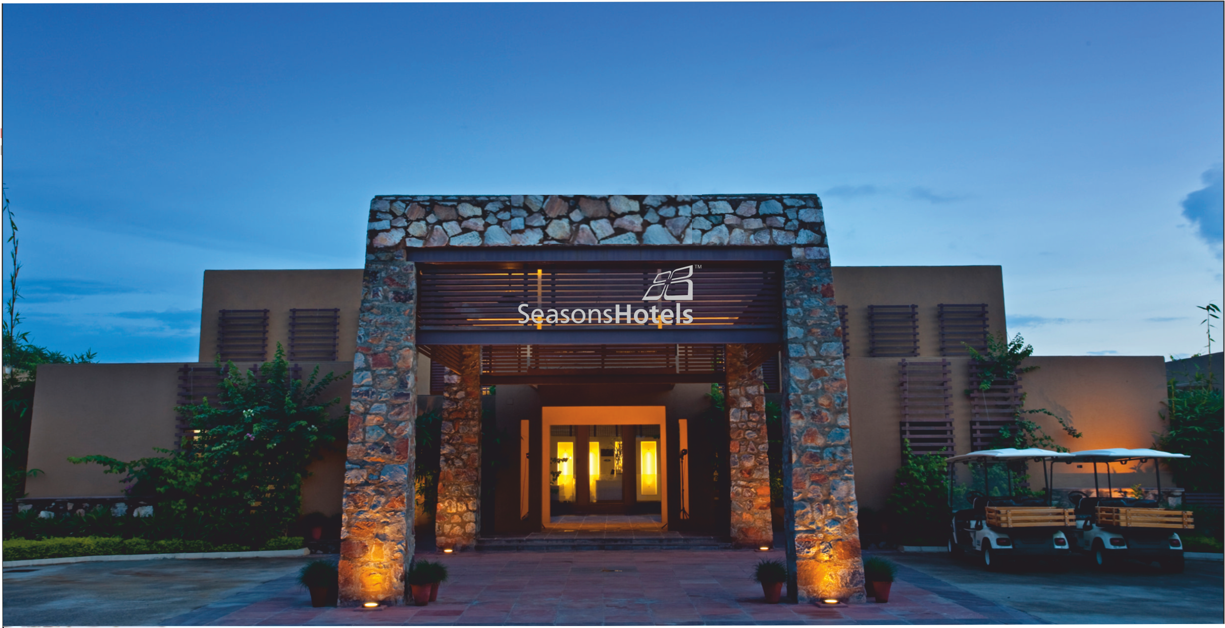 Seasons Tarudhan Valley Golf Resort