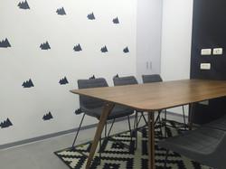 עיצוב חדר ישיבות