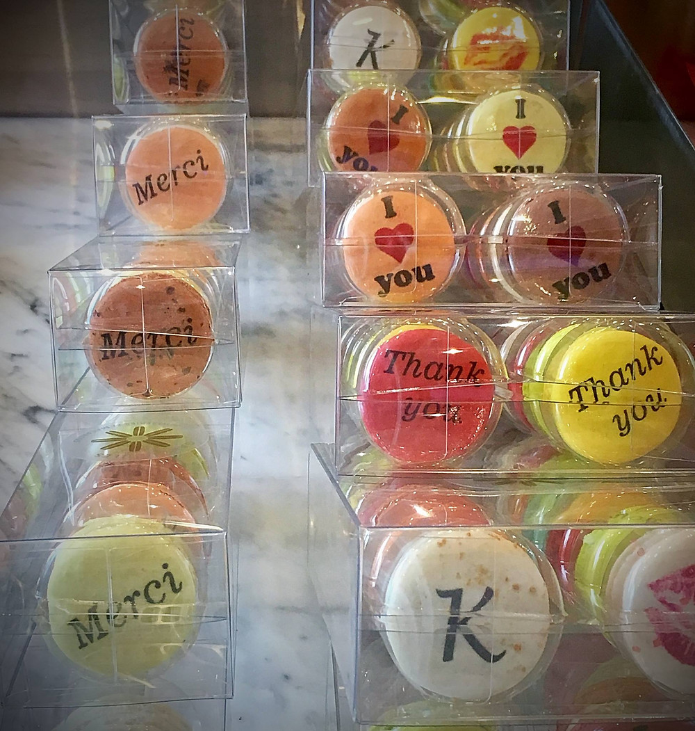 Credit:Gaby et Jules, personalized macarons for point of sale purchase decorated using our macaron printer