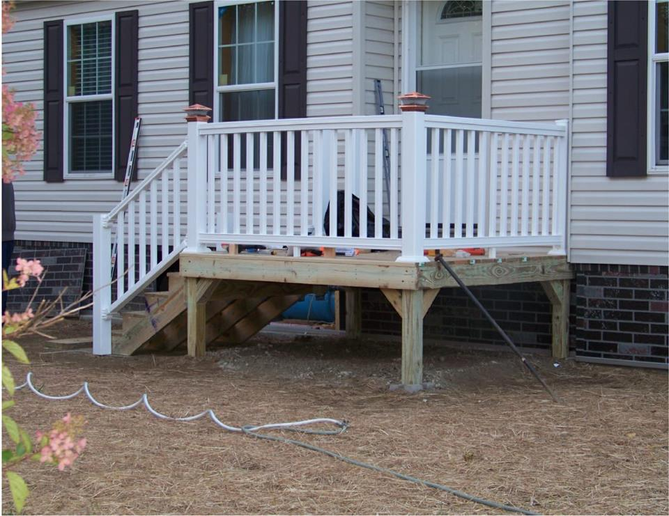 Deck with  Vinyl Deck Railing System