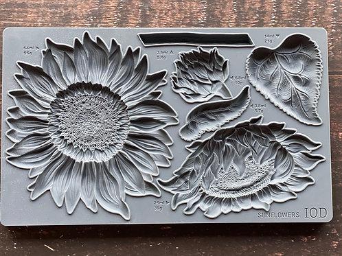 """Sunflowers Decor Mould 6""""x10"""""""