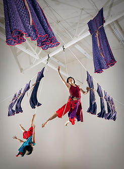 "Megan Lowe & Yayoi Kambara - ""Neddles to Thread: Dancing Along These Lines"" - Flyaway Productions"