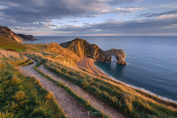 DURDLE-DOOR-LOCATION-GUIDE.jpeg